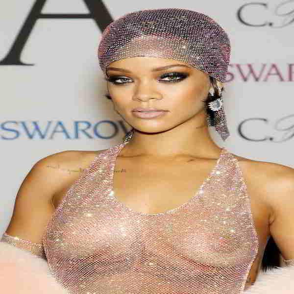 Rihanna boob size