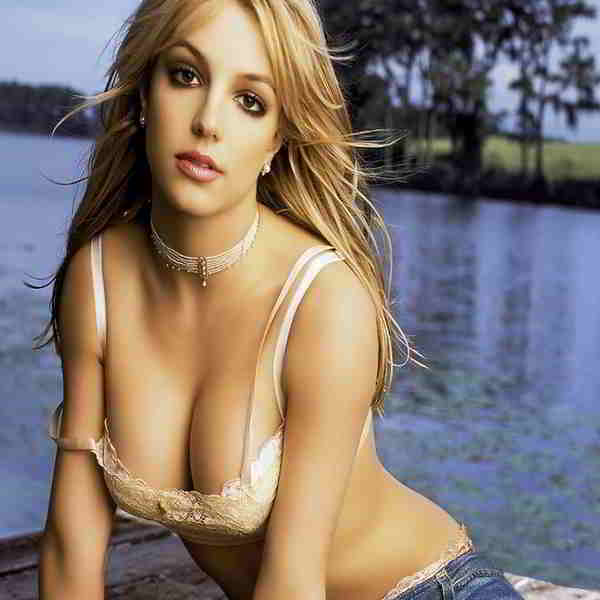 Britney Spears Bra Size  and Body Measurements