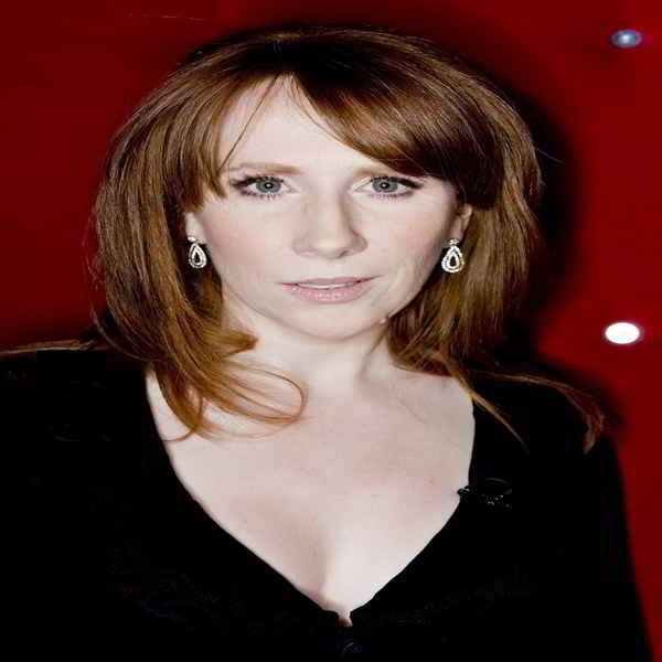 Catherine Tate bra size and body measurements