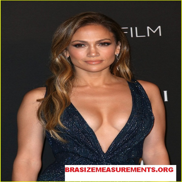 Jennifer Lopez body Measurements