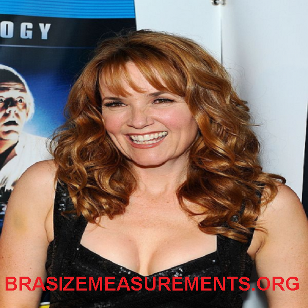 Lea Thompson Bra Size & Body Measurements