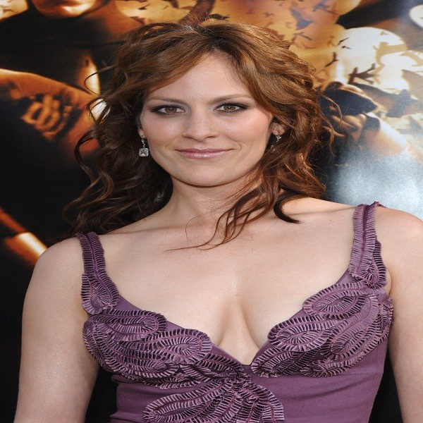 Annabeth Gish Bra Size Measurements