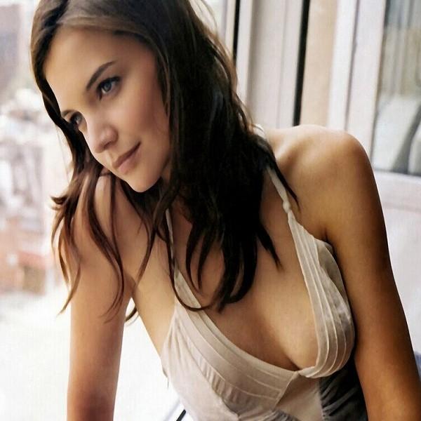 Maggie Gyllenhaal Bra Size Measurements - Page 2 of 2 - Celebrity  Measurements & Plastic Surgery