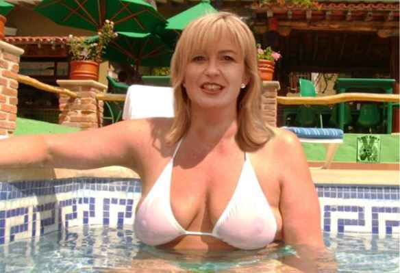 Carol Kirkwood Bra Size